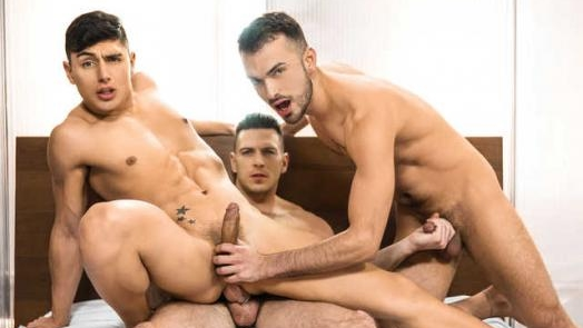 The Couple That Fucks Together Part 1 – Jean Favre, Ken Summers, Paddy O'Brian