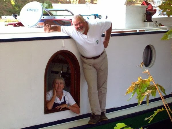 FRENCH HOTEL BARGE EMMA, CREW, CANAL DU MIDI, FRANCE