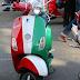 Sơn xe Vespa LX màu xanh trắng đỏ theo lá cờ Ý