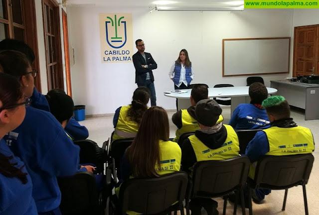 Más de 80 jóvenes de la isla trabajan y se forman en el marco del proyecto 'La Palma Servicios Integrales'