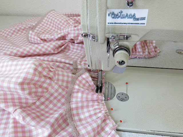 coser sobre el frunce