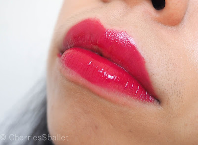 H&M Gossamer Lip Stain in Centre of Attention