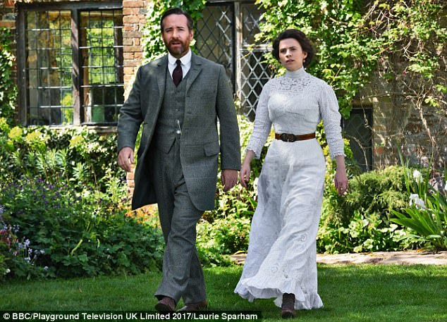 "the capitalist in howards end a novel by em forster ""it feels ours"": e m forster, howards end written by (i don't think howards end is a novel for beginners, exactly, though it certainly offered some immediate readerly pleasures) we seem to be in three guineas territory here, with the intertwining of manliness, despotism, capitalism, and imperialism."