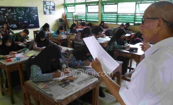 Pemprov Surabaya Siapkan Rp 50,4 Miliar untuk Guru