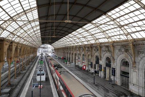 Huelga ferroviaria en Francia cesa por tres días