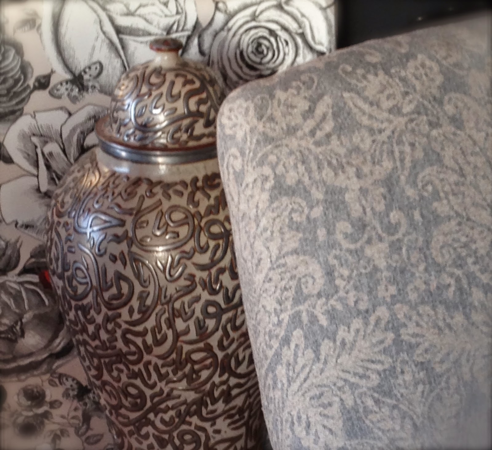 atelier anne lavit artisan tapissier d corateur 69007 lyon fauteuil anglais. Black Bedroom Furniture Sets. Home Design Ideas