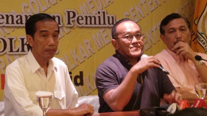 Mengejutkan!!!! Pasca Setnov Ditahan, Jokowi Didorong Jadi Ketum Golkar
