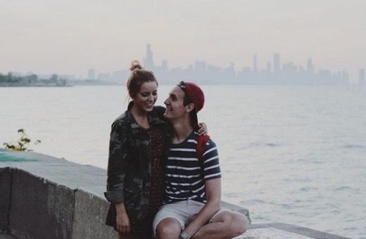 Pasangan yang benar-benar bahagia jarang tayang kehidupan mereka di media sosial