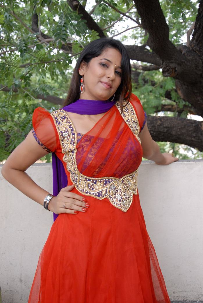 hot sexy Sravya reddy in glamorous designer suite latest photos