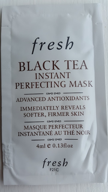 Fresh Black Tea Instant Perfecting Mask sample - www.modenmakeup.com