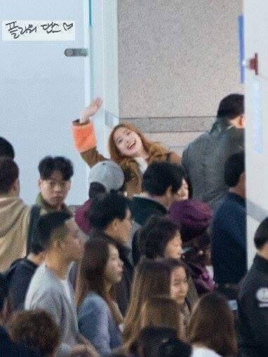 Kemampuan Dahyun Mendeteksi Kamera Memukau Netizen 10