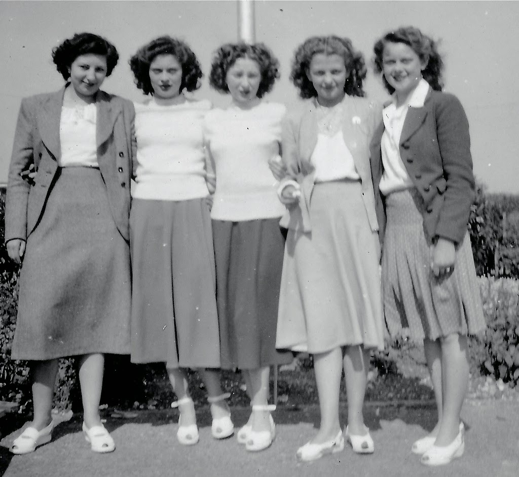 Sexy Group of Ladies from the 1940s to the 1960s ~ vintage ...