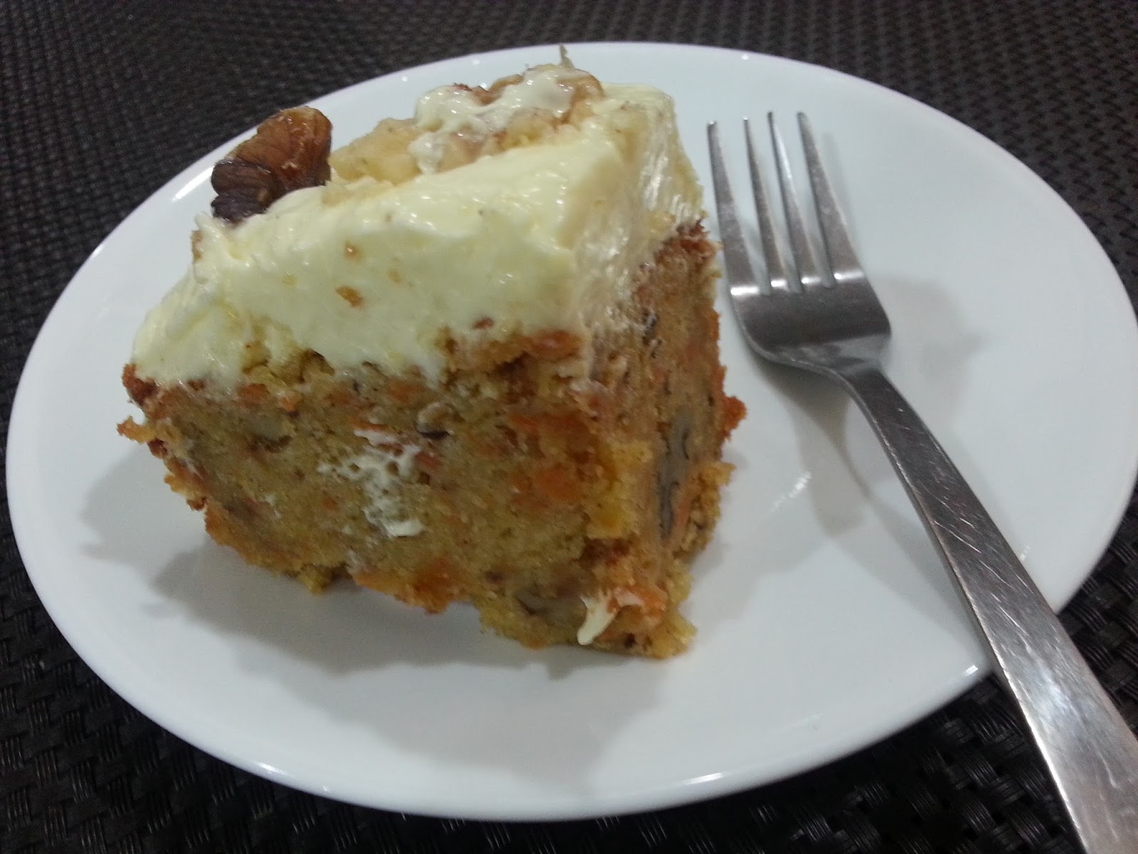 My HomeRecipes: JAMIE OLIVER'S CARROT CAKE WITH LIME