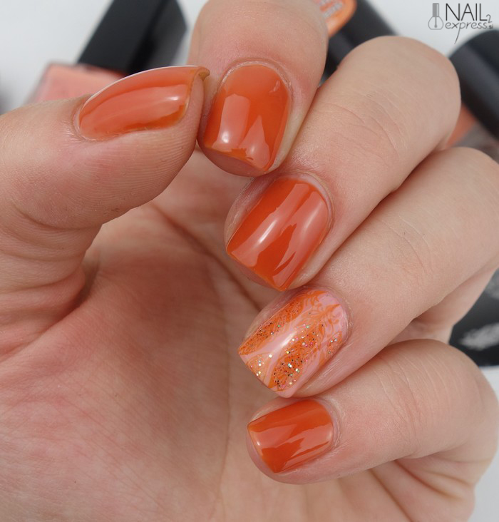 Manikira z jesensko oranžnim odtenkom s Petro (Adjusting Beauty)