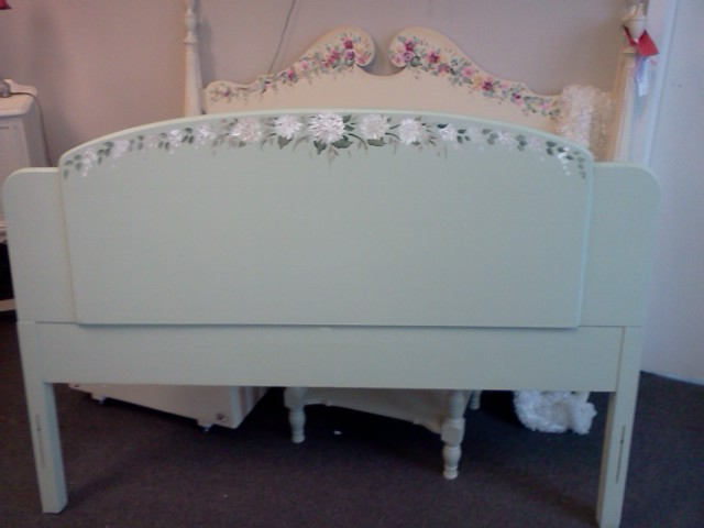 handpainted furniture new arrivals shabby chic vintage painted furniture sage green art deco. Black Bedroom Furniture Sets. Home Design Ideas