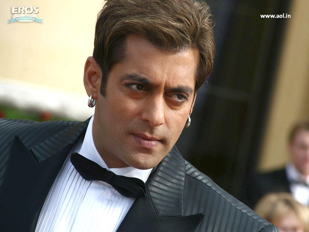 14 best hairstyle of hrithik roshan