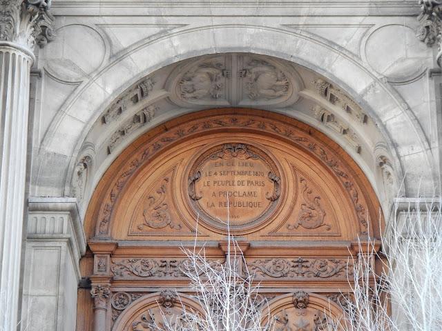 Façade hôtel de ville de Paris 4 septembre 1870