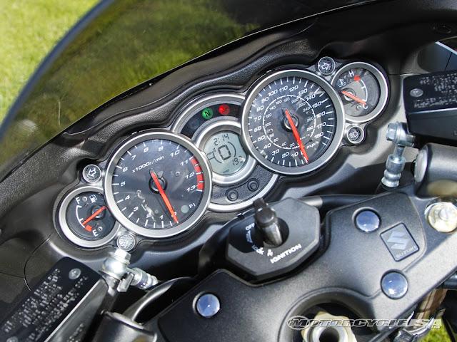 Suzuki Hayabusa speedo meter