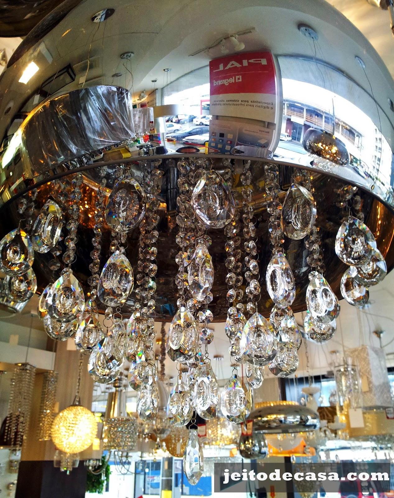 lustre -com-cristais-e-espelho