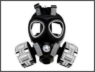Conseil : Bombe lacrymogène, bombe au poivre. Masque-a-gaz-full-diamonds-6e7d0d