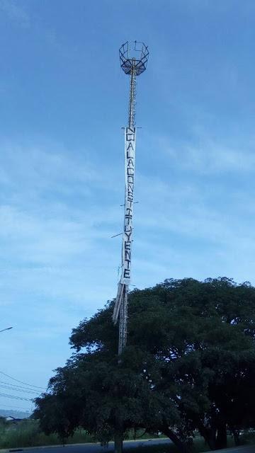 Despliegan gigantescas pancartas en varios puntos de Guanare, Portuguesa (fotos)