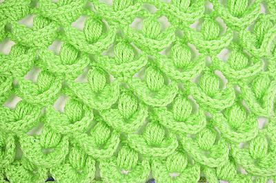 4 - Crochet IMAGEN Punto a relieve combinado con punto puff. MAJOVEL CROCHET