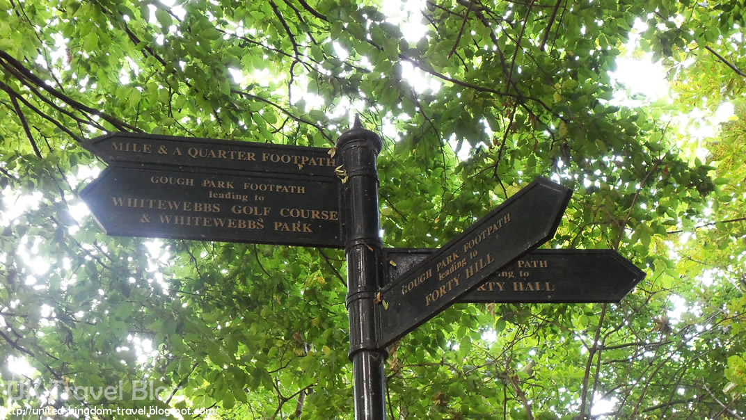 The London LOOP - The New River Local Heritage Trail in Enfield