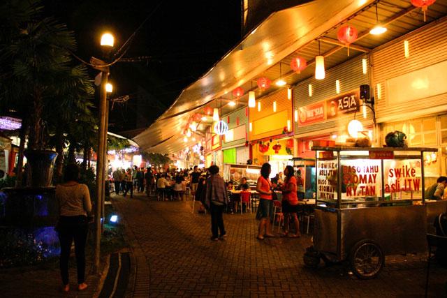 tempat makan dekat hotel di bandar lampung