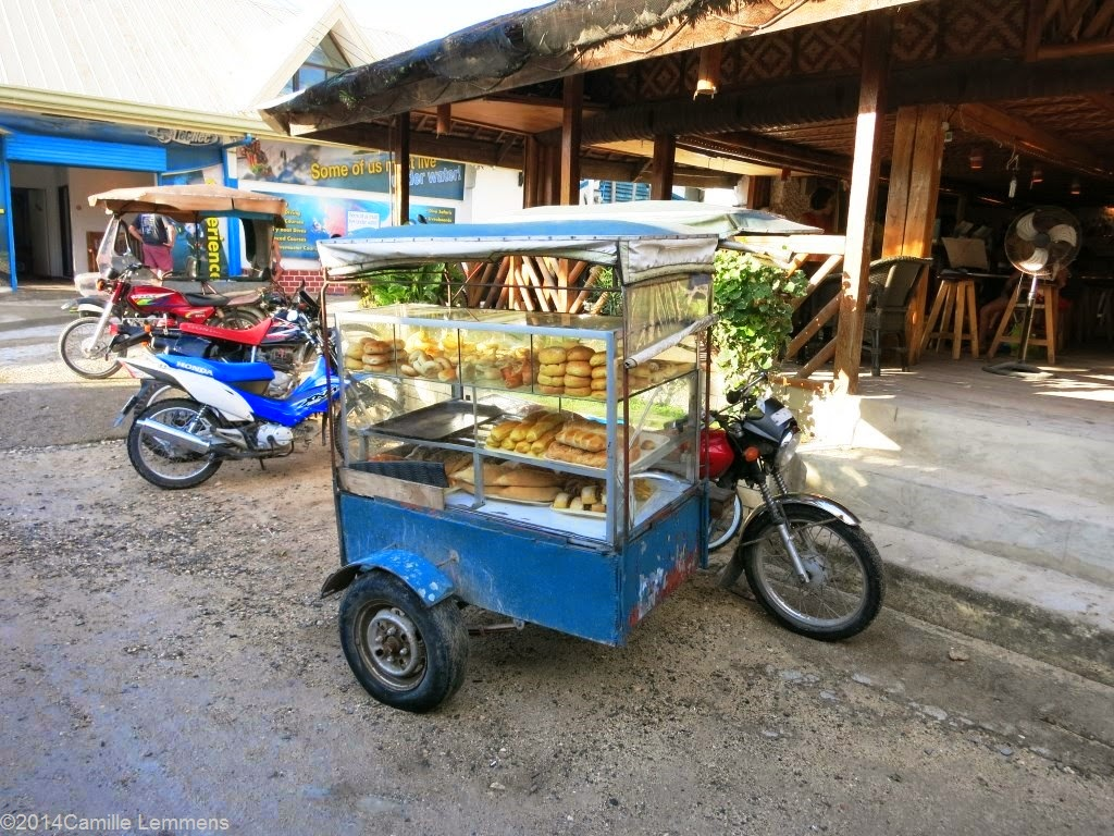 The bread motorbike in Panagsama Beach