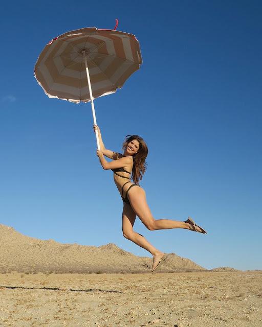 Amanda-Cerny-sexy-bikini-hottest-HD-image