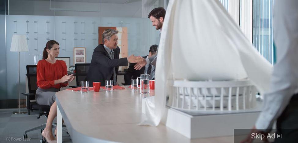 Foto Mr.Slow attore Vodafone Sei lentissimo pubblicità ''Business''