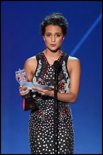Alicia Vikander en los Critics Choice Awards 2016