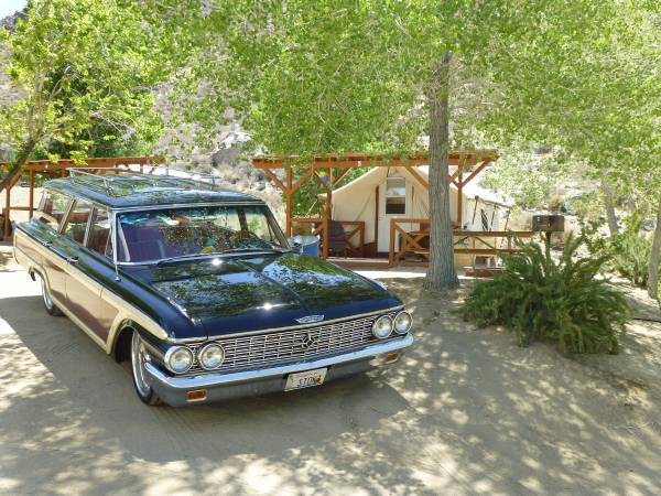 1962 Ford Country Squire Woody