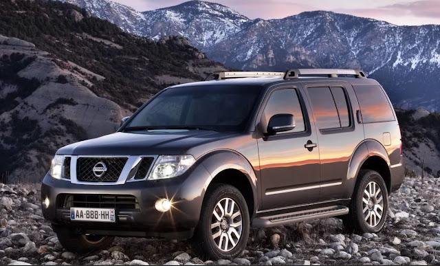 Nissan отзывает более 215 тысяч автомобилей