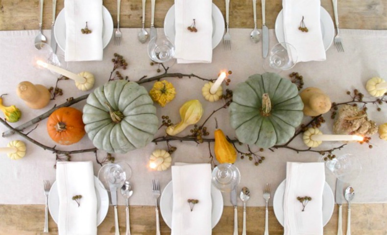 coastal holiday tablescape