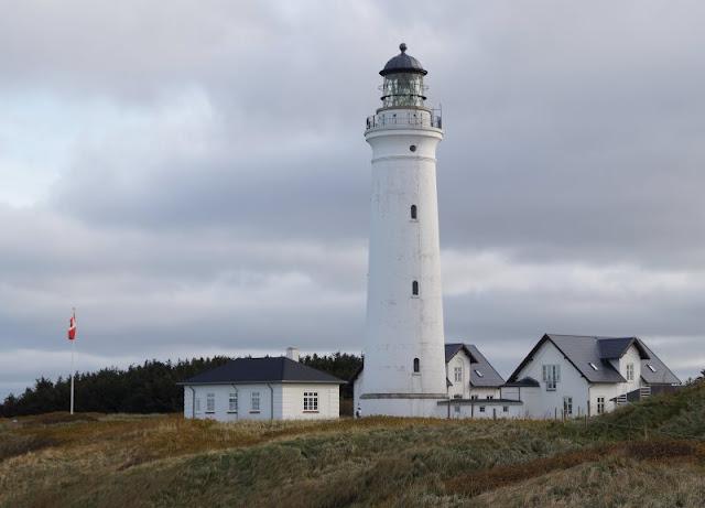 Hirtshals: 5 lohnenswerte Ausflugsziele. Der Leuchtturm von Hirtshals ist ein tolles Ziel für einen Ausflug mit der ganzen Familie!
