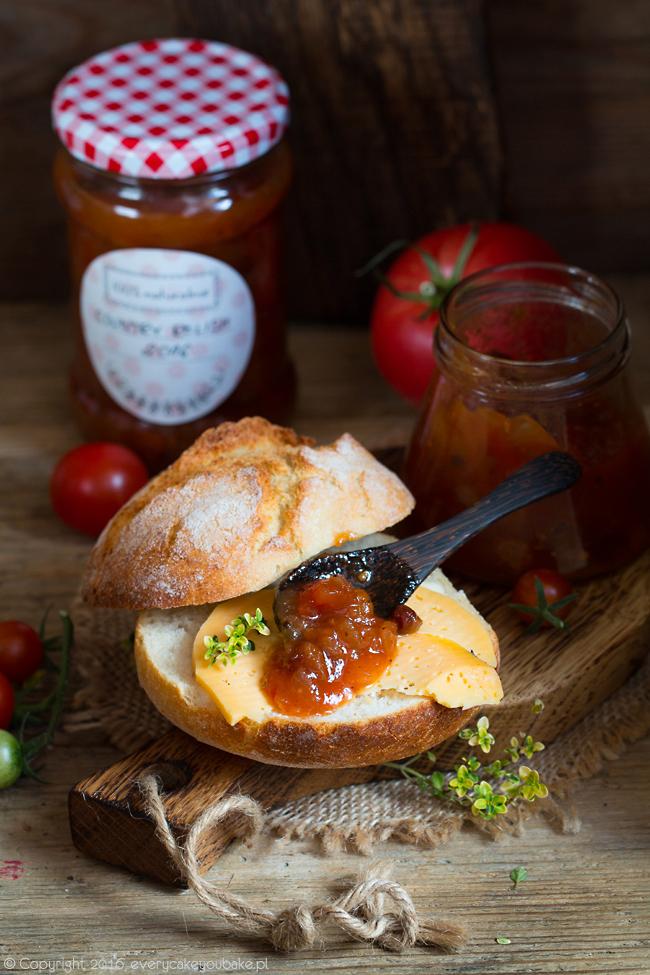relish pomidorowy sos do kanapek serów i wędlin