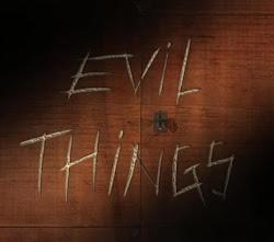 ver serie Evil Things online