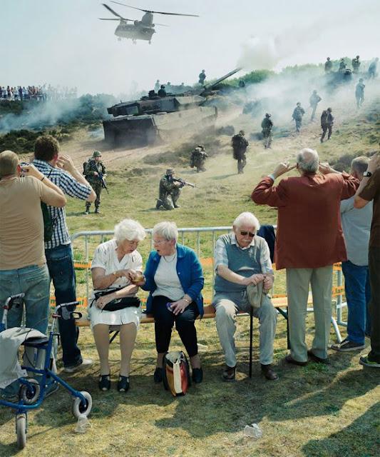 Світ парадоксів, в якому живемо: фотограф показав незвичайні знімки