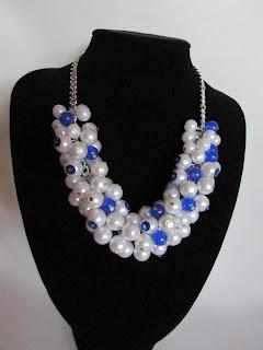 diy collar perlas y abalorios azul