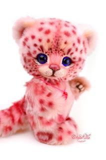 Artist teddy leopard, ooak snow leopard, Natalie Lachnitt, pink rosa leopard, handmade kitten, NatalKa Creations, teddies with charm, Teddy Katze, Teddy Leopard, Schnee Leopard, Irbis
