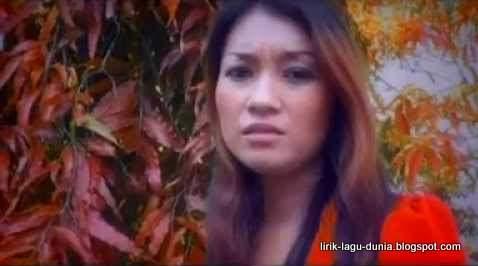Foto Tiny Joseph penyanyi lagu Juragan Empang