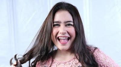 Foto%2BPrilly%2BLatuconsina%2BTerbaru%2B7 Foto Prilly Latuconsina Terbaru Dan Liku liku Kehidupan Artis Cantik Indonesia