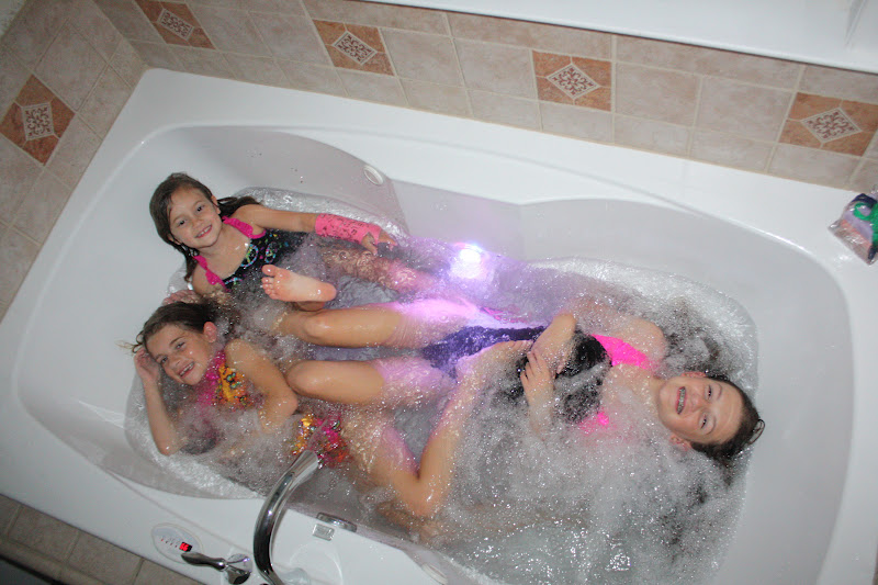 Magic Bath Baby Jacuzzi.A Slice Of Smith Life Girls Weekend And Magic Bath
