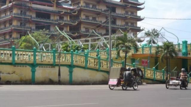 Wisata Titi Gantung