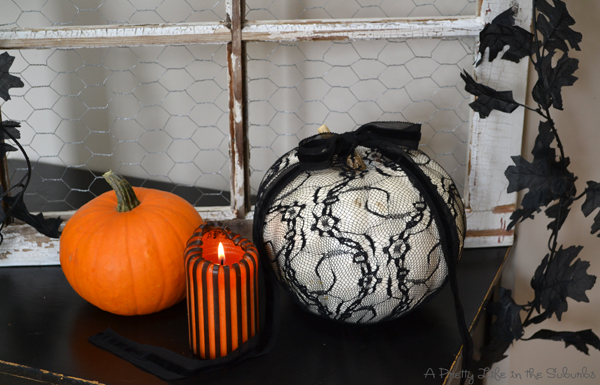 Spooky Ways to Decorate White Pumpkins!