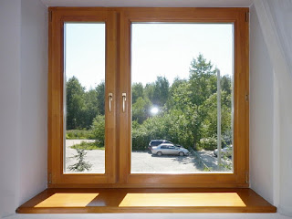 An ordinary window can partially hold on UV