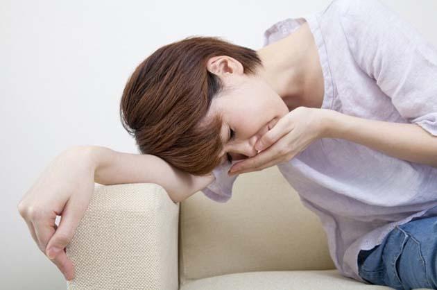 mengatasi mual saat hamil muda
