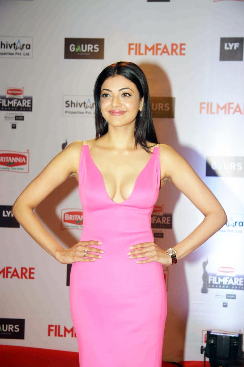 Kajal Aggarwal at Filmfare Awards ❤ – HQ Wallpaper and Photoshoot – Free Download