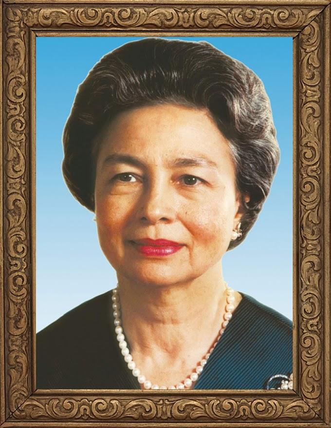 Cambodia King's Mother Norodom Monineath Sihanouk free photo frame